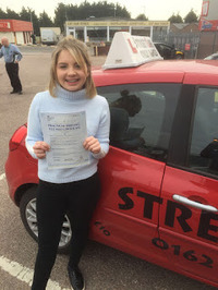 Mini_charlotte_ashby_passed_after_attending_our_under_17s_driving_courses