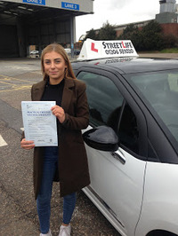 Mini_roxy_bagnall-pearl_1st_time_pass_after_attending_our_under_17s_driving_courses_www.slyde.eu