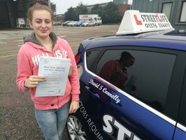 Mini_bethany_browne_passed_1st_time_today_she_also_attended_our_under_17s_driving_days_www.slyde.eu