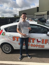 Mini_rhys_wooldridge_passed_today_with_only_1_fault._rhys_first_started_driving_at_streetlife_s_under_17_s_academy__slyde_colchester____