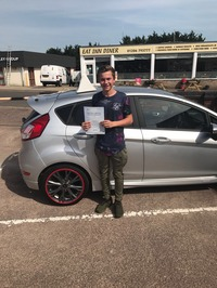 Mini_rhys_james_passed_today_first_time_with_only_1_fault_._also_went_to_slyde___