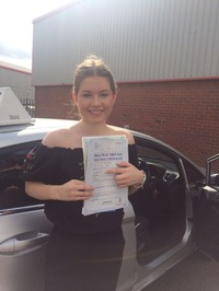 Mini_9_holly_mason_passed_1_st_time_today_._after_learning_at_slyde_our_under_17s_driving_days
