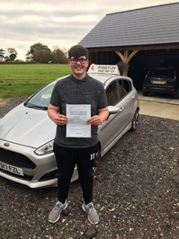 Mini_9_jack_ramsey_passed_first_time_today____also_did_our_under_17s_driving_academy_www.slyde.eu