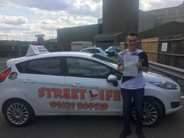 Mini_cullan_frost_passed_first_time_4_minors_and_did_our_under_17s_driving_days_www.slyde.eu__