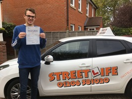 Mini_oliver_comonte_only_2_driver_faults__congratulations._oli_also_attending_our_under_17s_driving_school_____www.slyde.eu